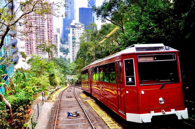 Khu vực bán đảo Cửu Long và đỉnh núi Thái Bình vẫn được đánh dấu là điểm đến an toàn ở Hong Kong.