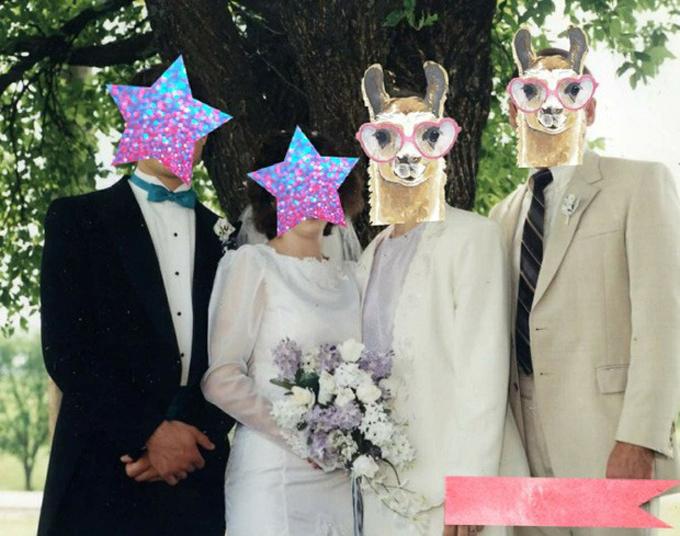 Cặp bố mẹ chồng khiến cô dâu khóc thầm vì diện đồ tông kem tới dự đám cưới con trai.