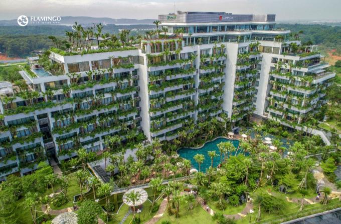 Kiến trúc xanh trên cao gắn liền với tự nhiên tại Flamingo Đại Lải Resort là nguồn cảm hứng của nhiều chương trình nghệ thuật.
