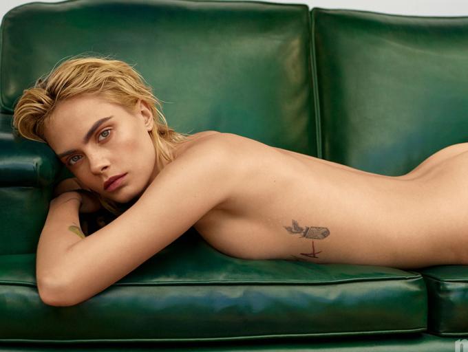 Cara Delevingne đã công khai là một người toàn tính luyến ái giống như Miley Cyrus.
