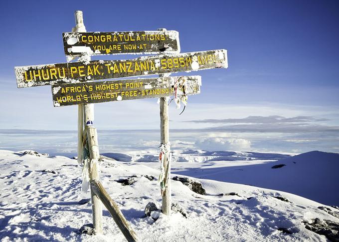 Hang Sơn Đoòng đứng top 5 tour mạo hiểm vĩ đại nhất thế giới
