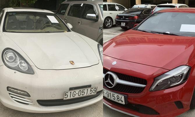Chiếc Porsche và Mercedes của Nam bị tạm giữ tại cơ quan công an.