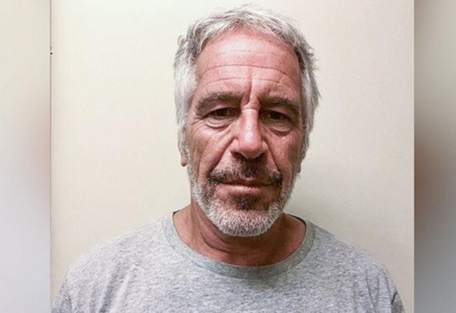 Hình ảnh chụp tỷ phú Jeffrey Epstein khi ở trong tù hồi tháng 7. Ảnh: NYT.