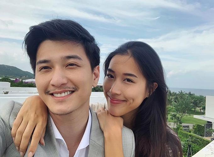 Diễn viên Huỳnh Anh hạnh phúc bên bạn gái Việt kiều Mỹ. Y Vân về Việt Nam thăm bạn trai cách đây không lâu.