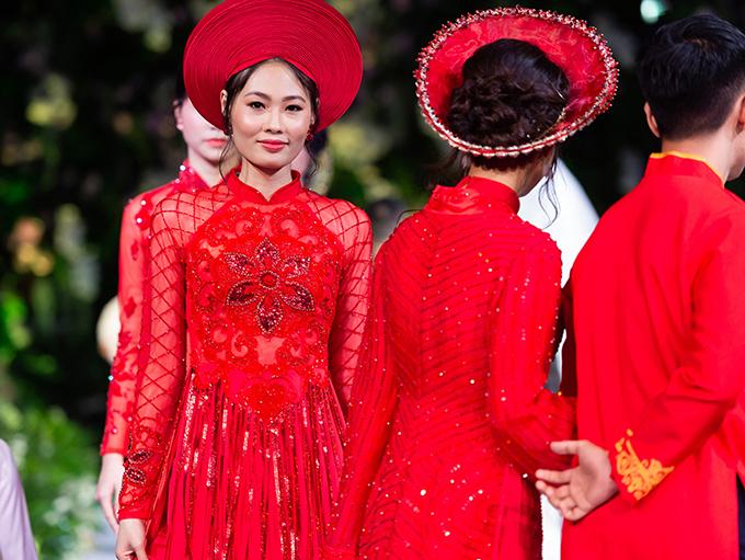 Sau khi đăng quang Vietnam Next Top Model, Mai Giang không tích cực làm mẫu mà dành nhiều thời gian để vun vén cho gia đình riêng. Tuy nhiên, cô vẫn được các nhà thiết kế tin tưởng bởi khả năng catwalk điêu luyện.