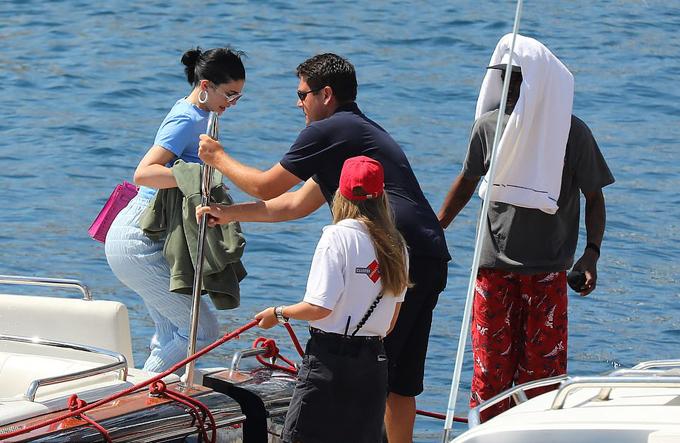 Kylie đã thuê du thuyền 250 triệu USD đi chơi khắp Địa Trung Hải trong một tuần qua.