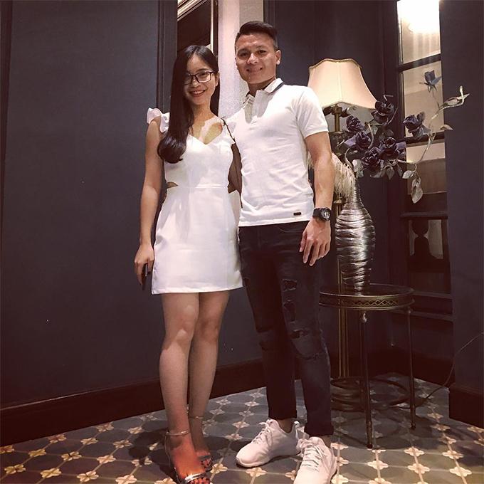 Quang Hải và bạn gái Nhật Lê. Ảnh: Instagram.