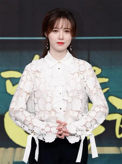 Khoảng thời gian 2017-2018, Goo Hye Sun gặp nhiều vấn đề về sức khỏe, nhiều dự án phim phải hủy bỏ giữa chừng. Trong thời điểm đó, nữ diễn viên luôn chia sẻ rằng chồng ở bên, động viên và giúp đỡ cô nhiều.