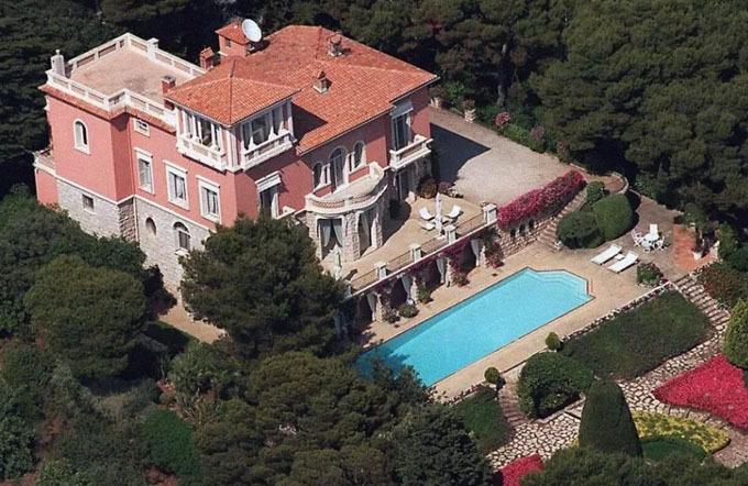 Biệt thự xa hoa của Elton John ở Nice, Pháp, nơi vợ chồng Harry vừa có chuyến nghỉ dưỡng 3 ngày. Ảnh: Rex Features.