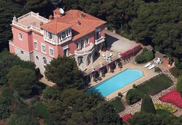 Biệt thự của Elton John - nơi vợ chồng Harry - Meghan vừa tới nghỉ dưỡng.
