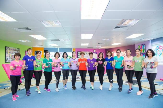 Bài thể dục 30 phút giúp phái đẹp rèn luyện vóc dáng - 5