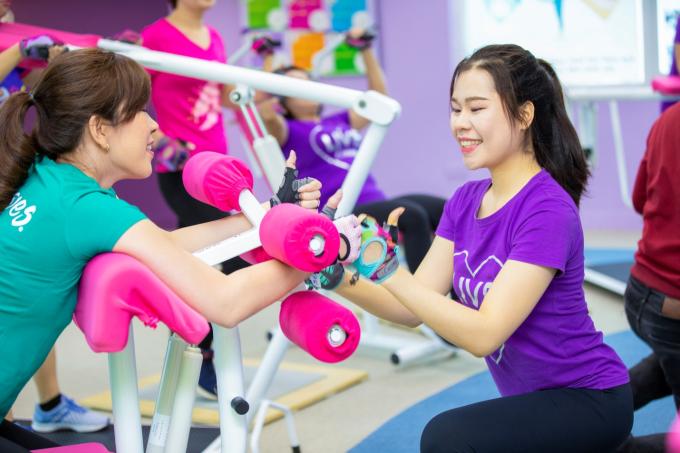 Bài thể dục 30 phút giúp phái đẹp rèn luyện vóc dáng