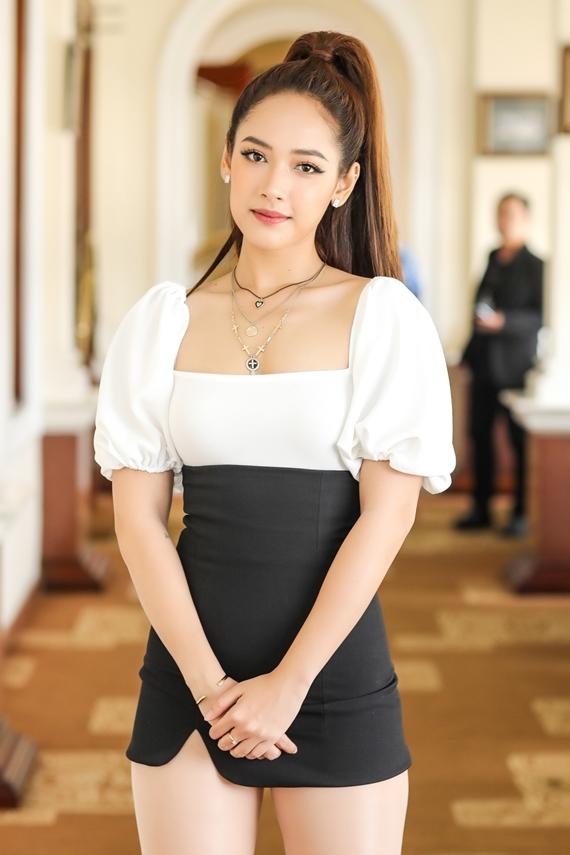 Cara - diễn viên từng tham gia MV Nơi này có anh của Sơn Tùng.