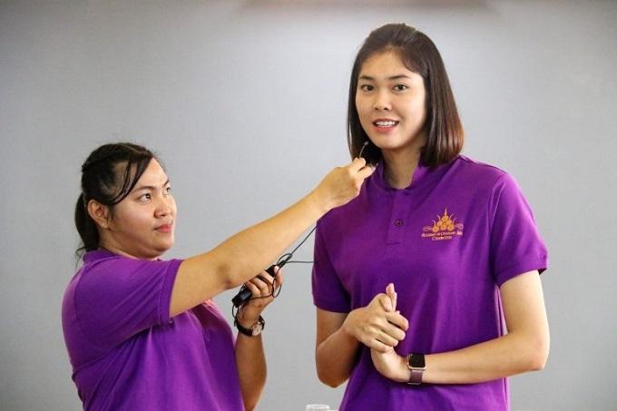 Seavmey giờ là người nổi tiếng ở Campuchia. Trang Facebook của cô có 1,7 triệu người theo dõi, nhiều hơn hẳn những ngôi sao của làng giải trí. Nữ võ sĩ được chọn làm gương mặt đại diện của nhiều nhãn hàng như thực phẩm chức năng, đồ thể thao.