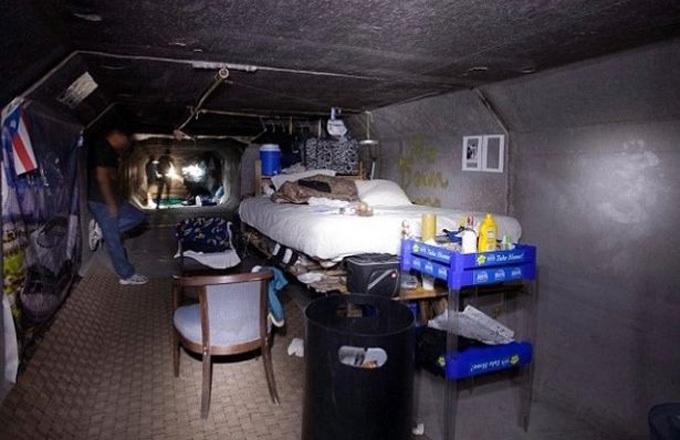 Nơi ở của Jenni Lee dưới hệ thống hầm ngầm Las Vegas. Ảnh: Mirror.