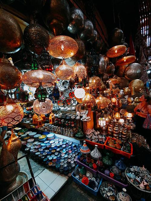 Ngô Thanh Vân đến thành phố đỏ huyền ảo ở Maroc - 3