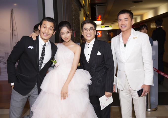 Trong phim Ngôi nhà bươm bướm, NSƯT Thành Lộc hóa thân thành một nghệ sĩ drag queen (người giả gái và hát nhép trên sân khấu). Ông và nghệ sĩ Quang Minh (ngoài cùng bên phải) vào vai một cặp vợ chồng đồng tính, có con trai là Liên Bỉnh Phát và con dâu là Hoàng Yến Chibi.