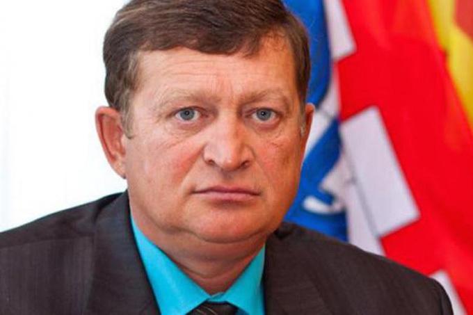 Azat Zaripov chính trị gia