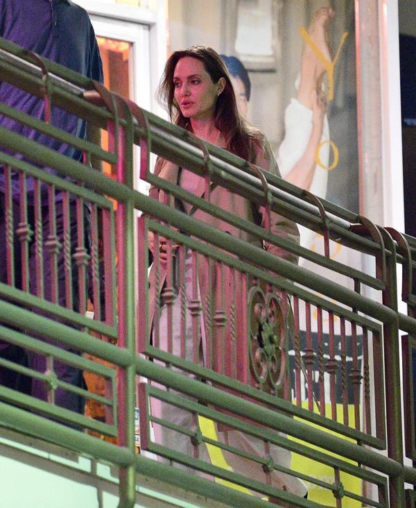 Sắp tới, Jolie sẽ bắt tay vào rất nhiều dự án phim mới, trong đó có bộ phim siêu anh hùng The Eternals của vũ trụ điện ảnh Marvel.