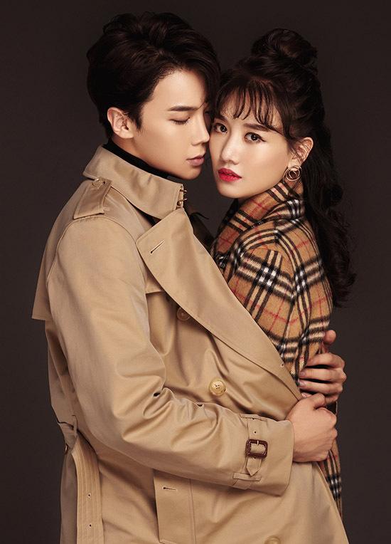 [Caption Anh hy vọng sau khi dự án được công chiếu sẽ có thể tiếp tục cùng Hari Won thực hiện bộ ảnh tiếp theo nhằm lưu giữ kỷ niệm trong lần hợp tác đặc biệt vừa qua.  Về phía Hari Won, đây được xem là dự án đánh dấu sự trở lại của cô với màn ảnh rộng sau 2 năm kể từ thời điểm phim