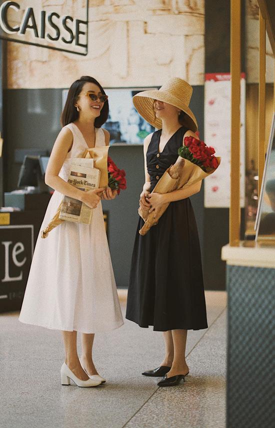 Những mẫu váymang hơi hướng cổ điển, dễ dàng tôn nét sang trọng và thoải mái mix đồ khi đi dạo phố, du lịch là phong cách được nhiều người đẹp Việt ưa chuộng.