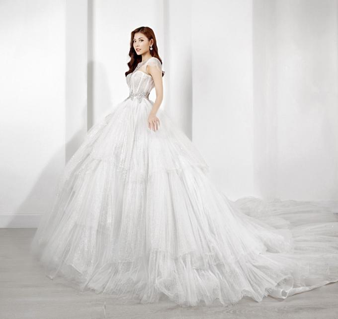 Chúng Huyền Thanh - Jay Quân sánh đôi BST váy cưới mùa thu của Marymy - 4