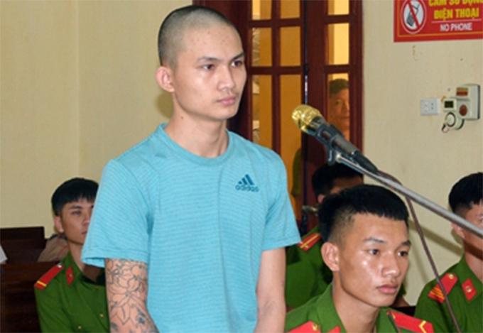 Bị cáo Dũng tại phiên xử. Ảnh: BHT