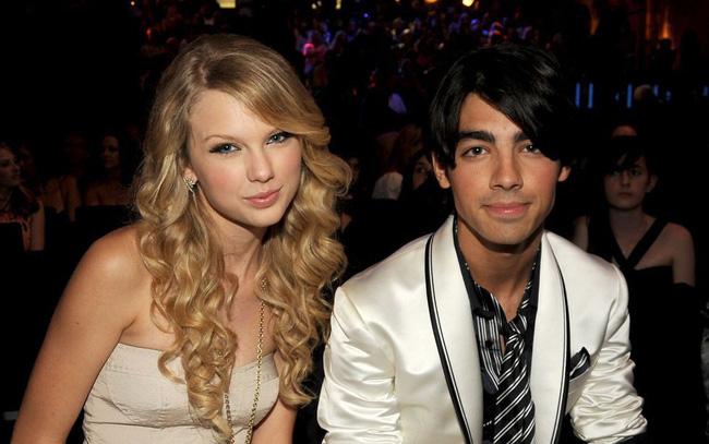 Taylor vàJoe Jonas một thời hẹn hò.