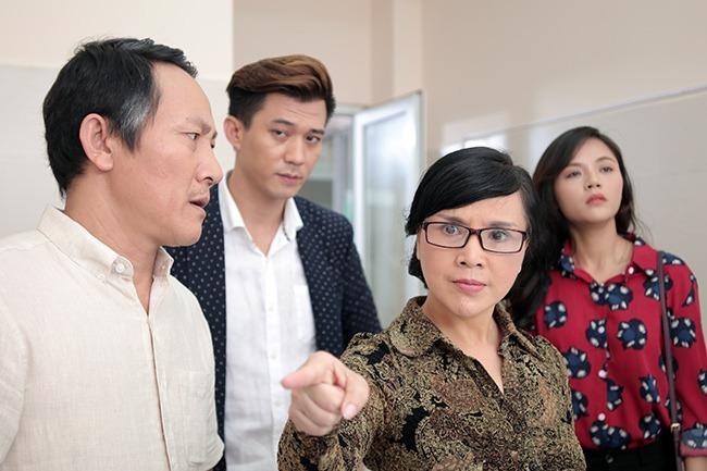Tạo hình của NSND Lan Hương trong phim Ngược chiều nước mắt.