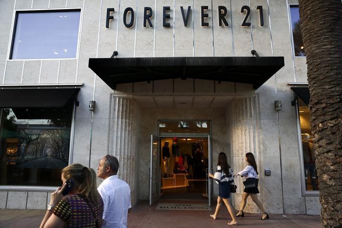 Một cửa hàng Forever 21 tại thành phố biển Miami, Mỹ. Ảnh: Bloomberg.