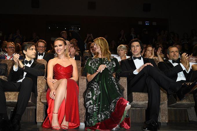 Bộ phim Marriage Story có buổi chiếu đầu tiên tại liên hoan phim Venice trước khi ra rạp ở Bắc Mỹ vào tháng 11.
