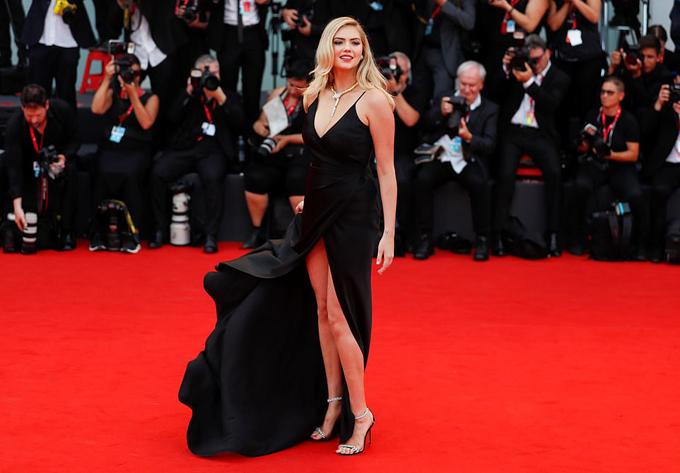 Nhiều nghệ sĩ tới tham dự buổi ra mắt phim như người mẫu Kate Upton.