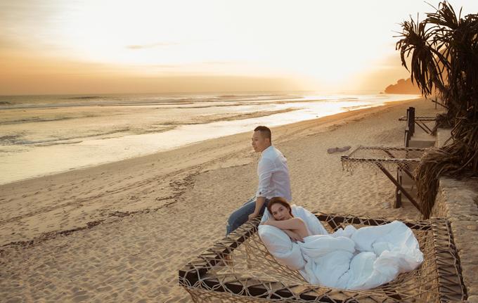 Kiểu giường lưới cho khách nằm ngắm biển đang là xu hương hot được nhiều resort ở Bali và Maldives khai thác.