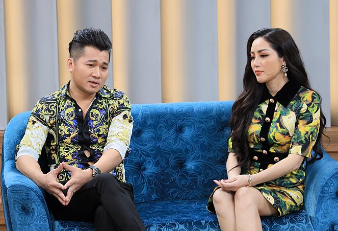 Huỳnh Tiên và Lâm Vũ tham gia talkshow Mảnh Ghép Hoàn Hảo tập 21 với chủ đề Tình yêu sét đánh. Chương trình được phát sónglúc 21h35 hôm nay ngày 1/9 trên VTV9.
