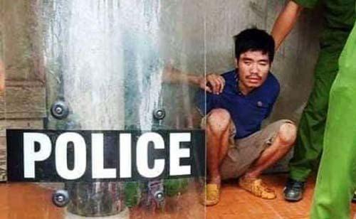 Nghi can bị cảnh sát bắt giữ trưa cùng ngày.