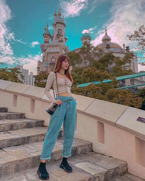 Minh Hằng du lịch Hàn Quốc trong kỳ nghỉ lễ.