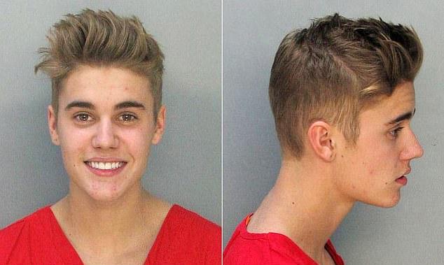 Bieber bị bắt giữ vào tháng 1/2014 ở tuổi 20 vì lái xe trong khi say rượu và ảnh hưởng cần sa.