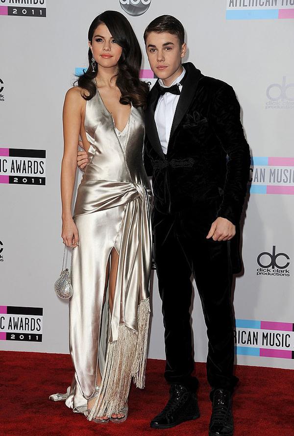 Justin từng gây tổn thương Selena Gomez trong 9 năm hẹn hò.