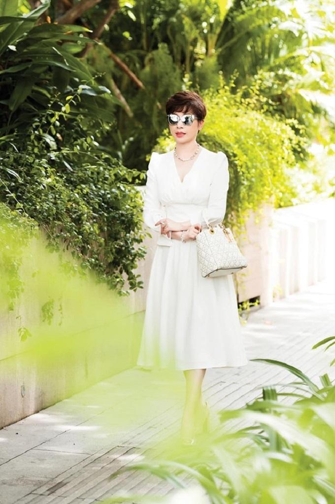 Nữ doanh nhân yêu vẻ đẹp tự nhiên nên không trang điểm đậm.