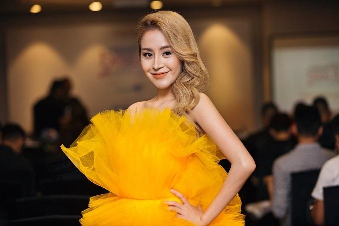 Người đẹp xuất hiện tại sự kiện Ngoisao Beauty Expo 2019 ngày 3/9.