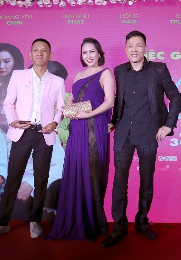 Đạo diễn Huỳnh Tuấn Anh (trái) và nhà sản xuất Ngô Quang Hải xuất hiện tại buổi ra mắt phim Ngôi nhà bươm bướm hôm 22/8.