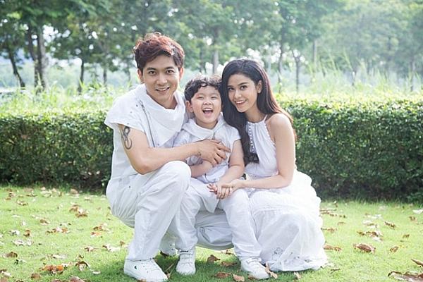 Gia đình Tim - Trương Quỳnh Anh khi còn hạnh phúc.