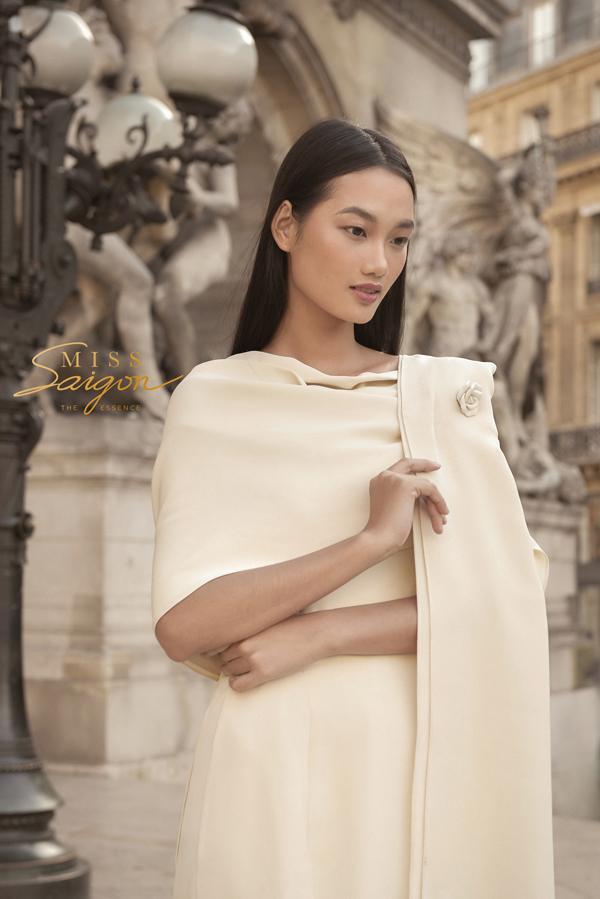 Miss Saigon The Essence là nguồn cảm hứng để Lâm Gia Khang tạo nên những thiết kế tao nhã.