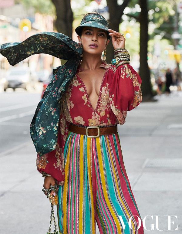 Hoa hậu Priyanka Chopra trên tạp chí Vogue.
