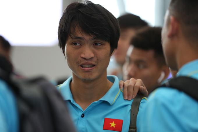 Văn Thanh, Tuấn Anh và ba đồng đội ở HAGL khác là Xuân Trường, Văn Toàn
