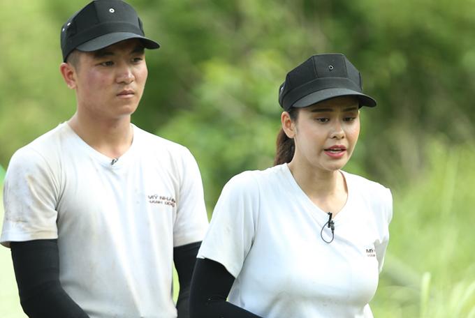 Trương Quỳnh Anhgiải thích cô giấu đồ của đội bạn vì cho rằng đó là chiến thuật hợp lệ.
