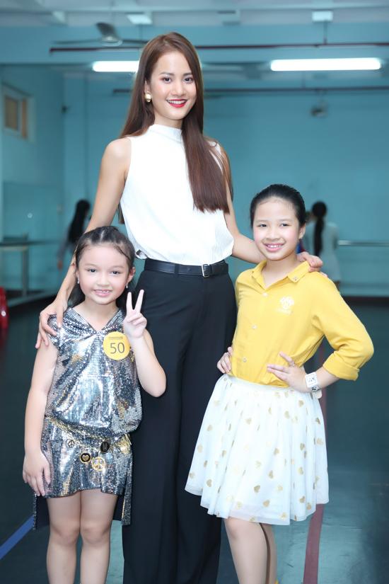 Theo đạo diễn Nguyễn Hưng Phúc, sự góp mặt của các người mẫu nổi tiếng sẽ giúp hoạt động của câu lạc bộ Pinkids thêm phần chuyên nghiệp.