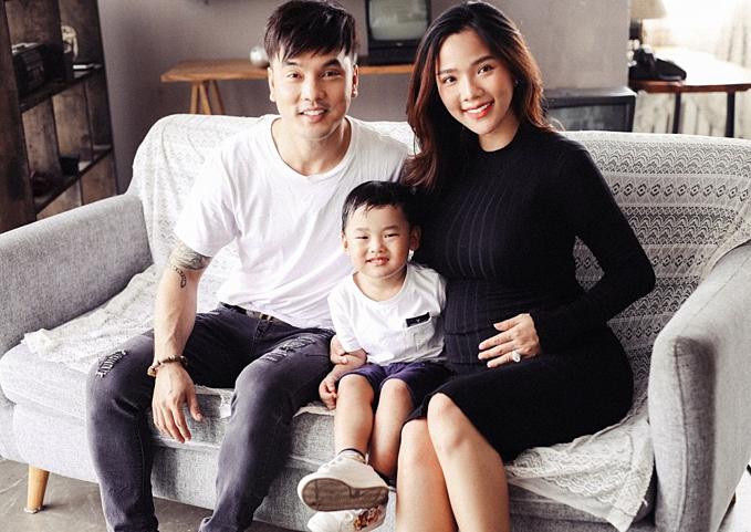 Vợ Ưng Hoàng Phúc tăng 20kg khi mang thai lần 3
