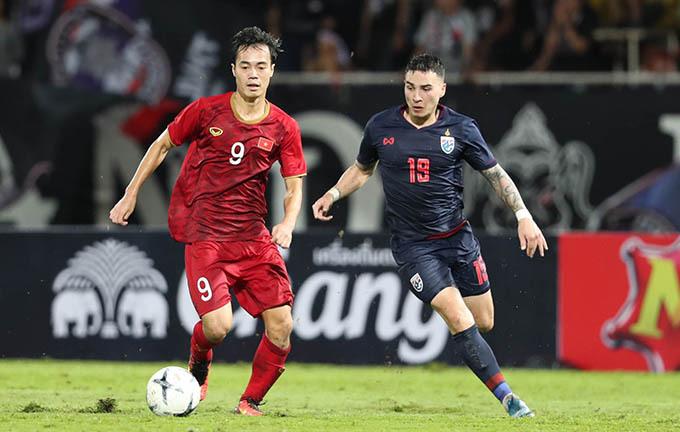Văn Toàn là một trong những cầu thủ chơi nổi bật nhất của tuyển Việt Nam trong trận hoà 0-0 với Thái Lan hôm 5/9. Ảnh: Đức Đồng.