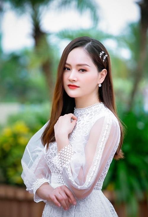Diễn viên Lan Phương tham gia sự kiện.